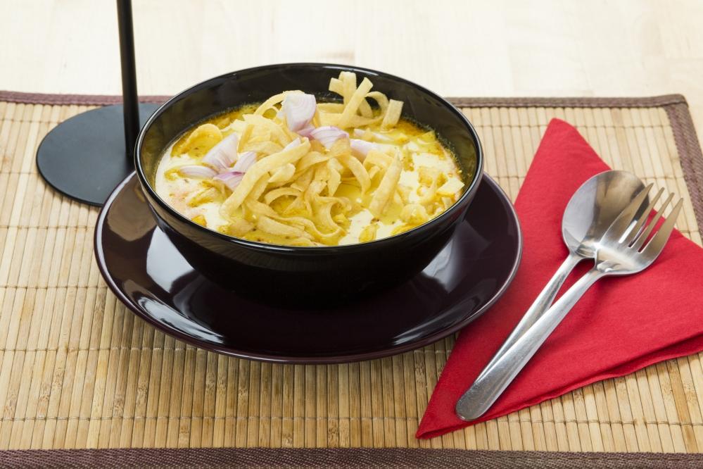 Khao Soi leves (Csirkével)